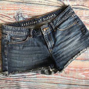 Articles of society cutoff denim shorts size 27